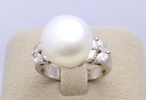 18k白金 南洋珍珠造型女用鑽戒 女用