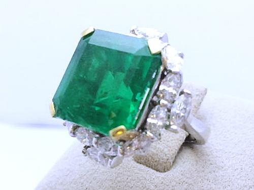 哥倫比亞祖母綠鑽戒 主石 17.72 CTS 18K白金豪華戒台 女用
