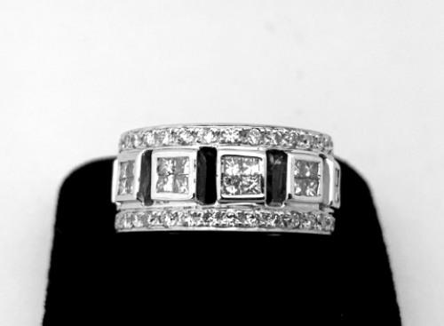 18K 白金豪華造型鑽戒 滿版鑽石 男女適用