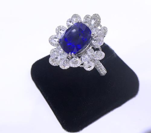 GRS證書 皇家藍寶石 11.07 CTS 白金18K 豪華鑽戒 女用