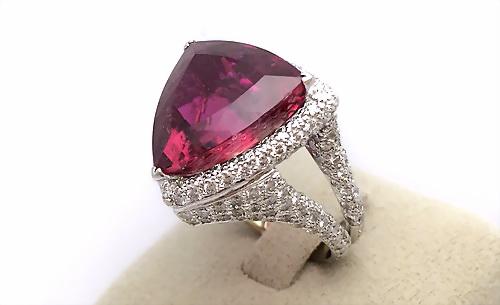 18K 白金 豪華碧璽造型女用鑽戒