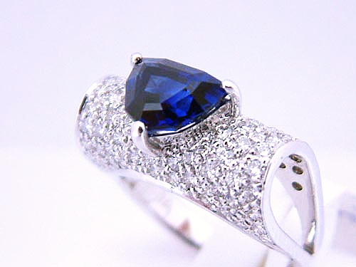 18k白金 藍寶造型鑽戒 女用