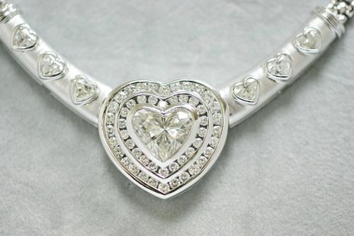 豪華心型造型鑽項鍊 白金18K 主石 約3.28CTS 女用